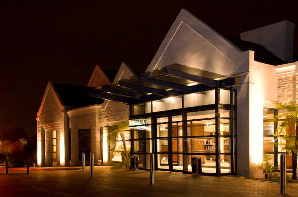 Exterior of City Lodge Johannesburg Airport.